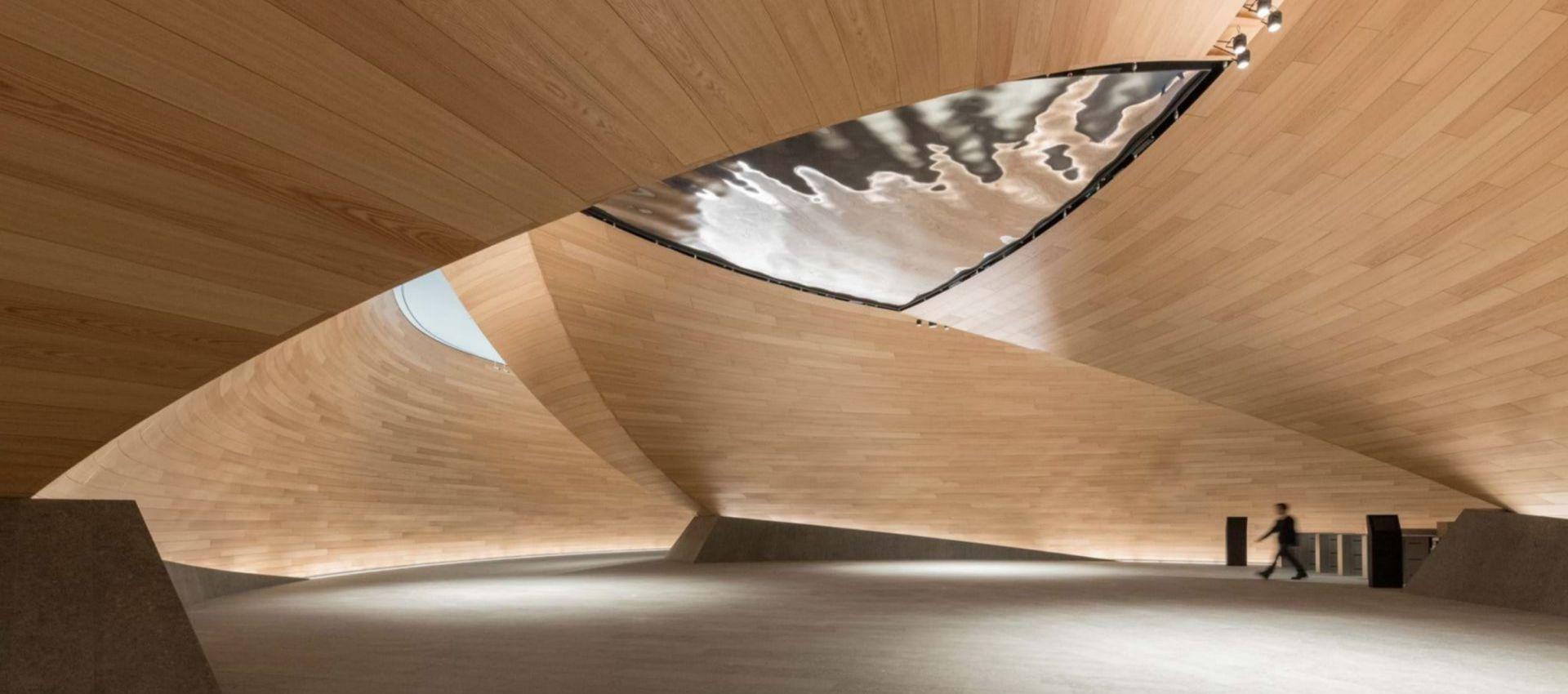 4-bloomberg-interior-2